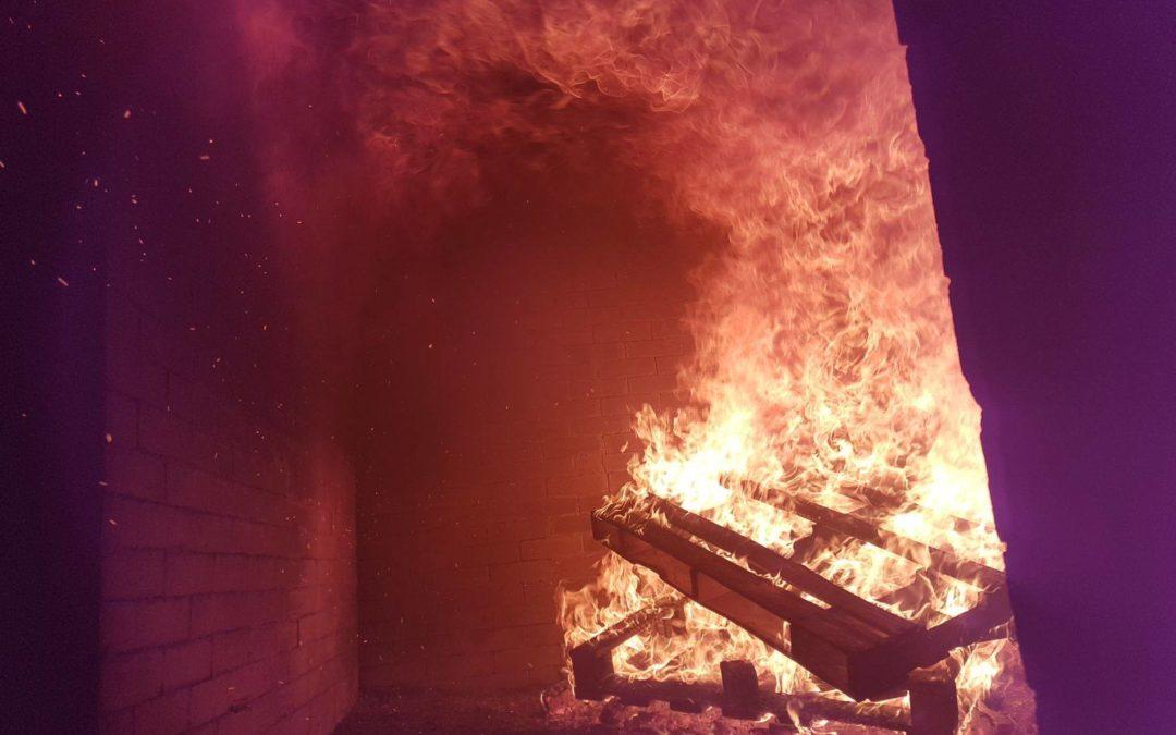 Atemschutzübung im Brandhaus in Eiken